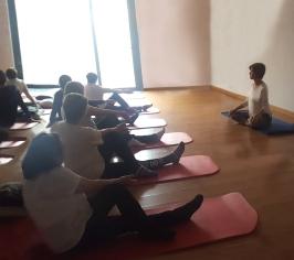yoga a la sala2